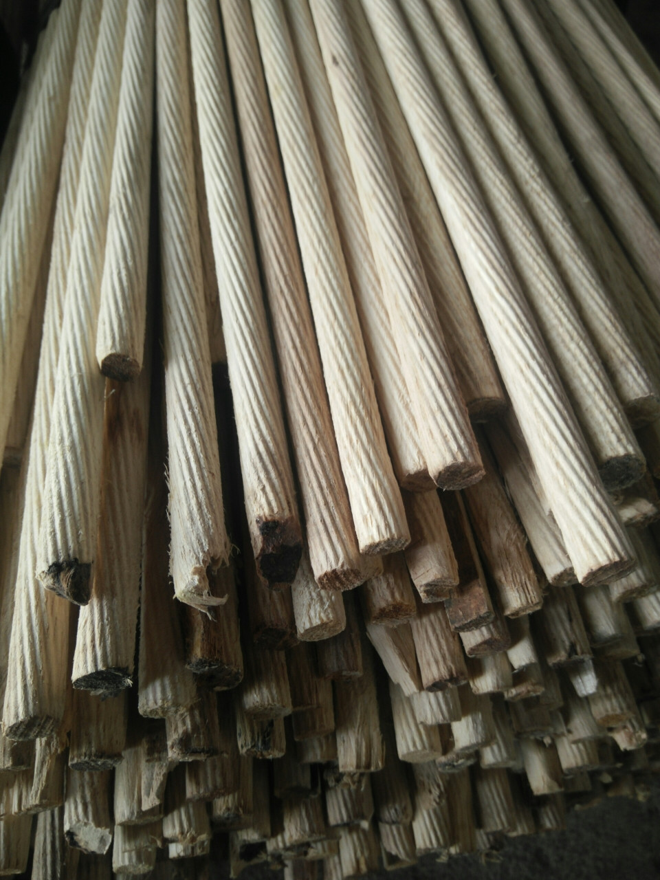 Chốt gỗ cao su 10xDài