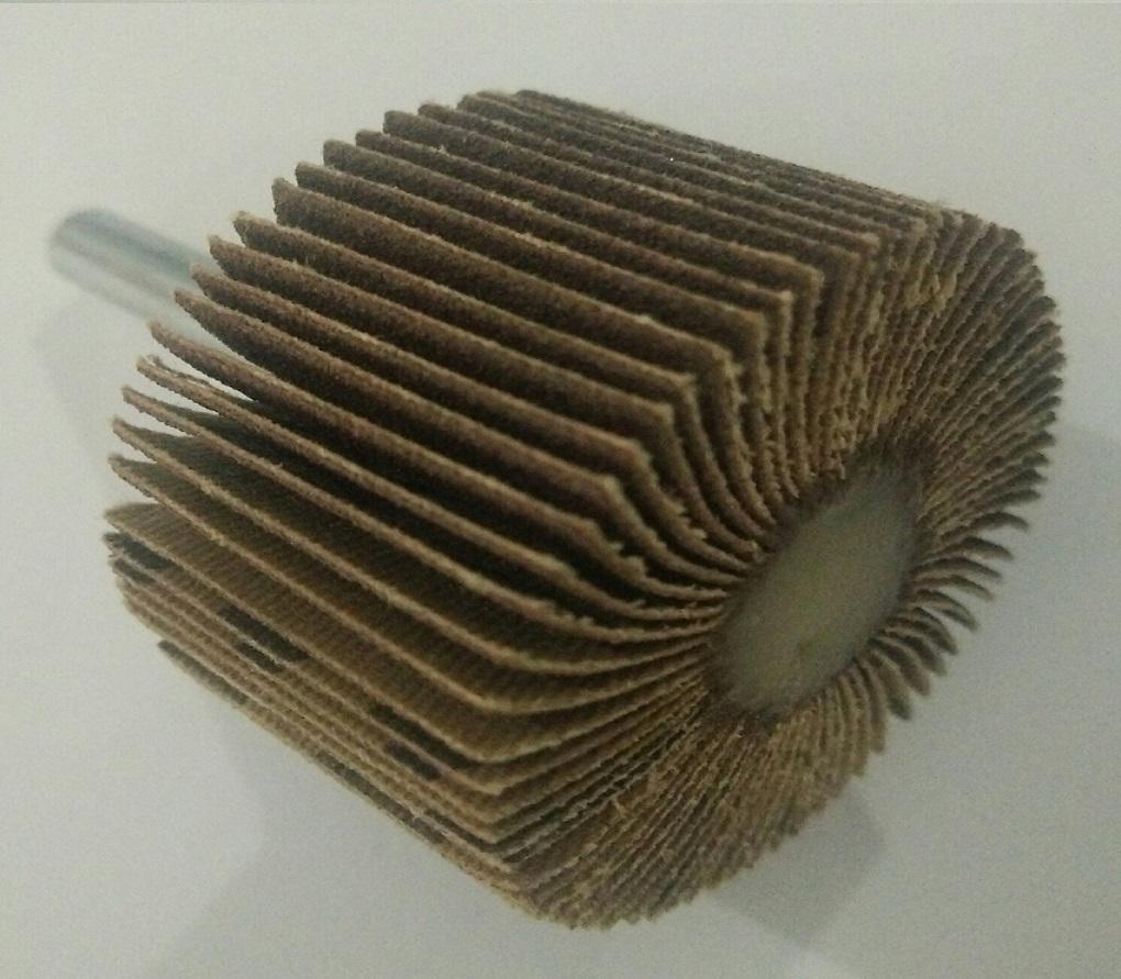 Nhám cây K51 1,37Mx50YDx60
