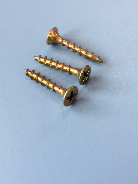Vít ren nhuyễn vàng bằng 4x25mm