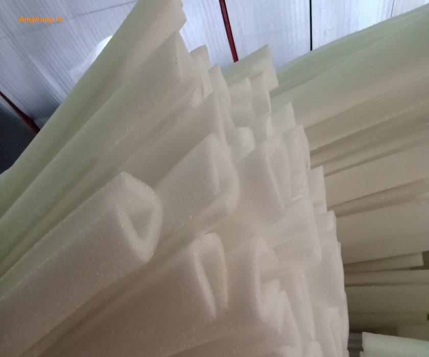 Màng foam U 13Tx50x2m
