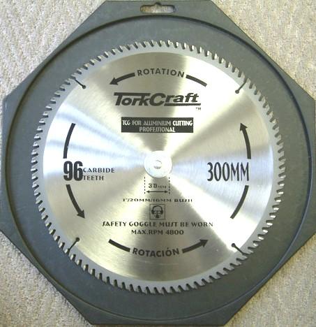 lưỡi cắt công nghiệp SK 300x3.2x30x96T